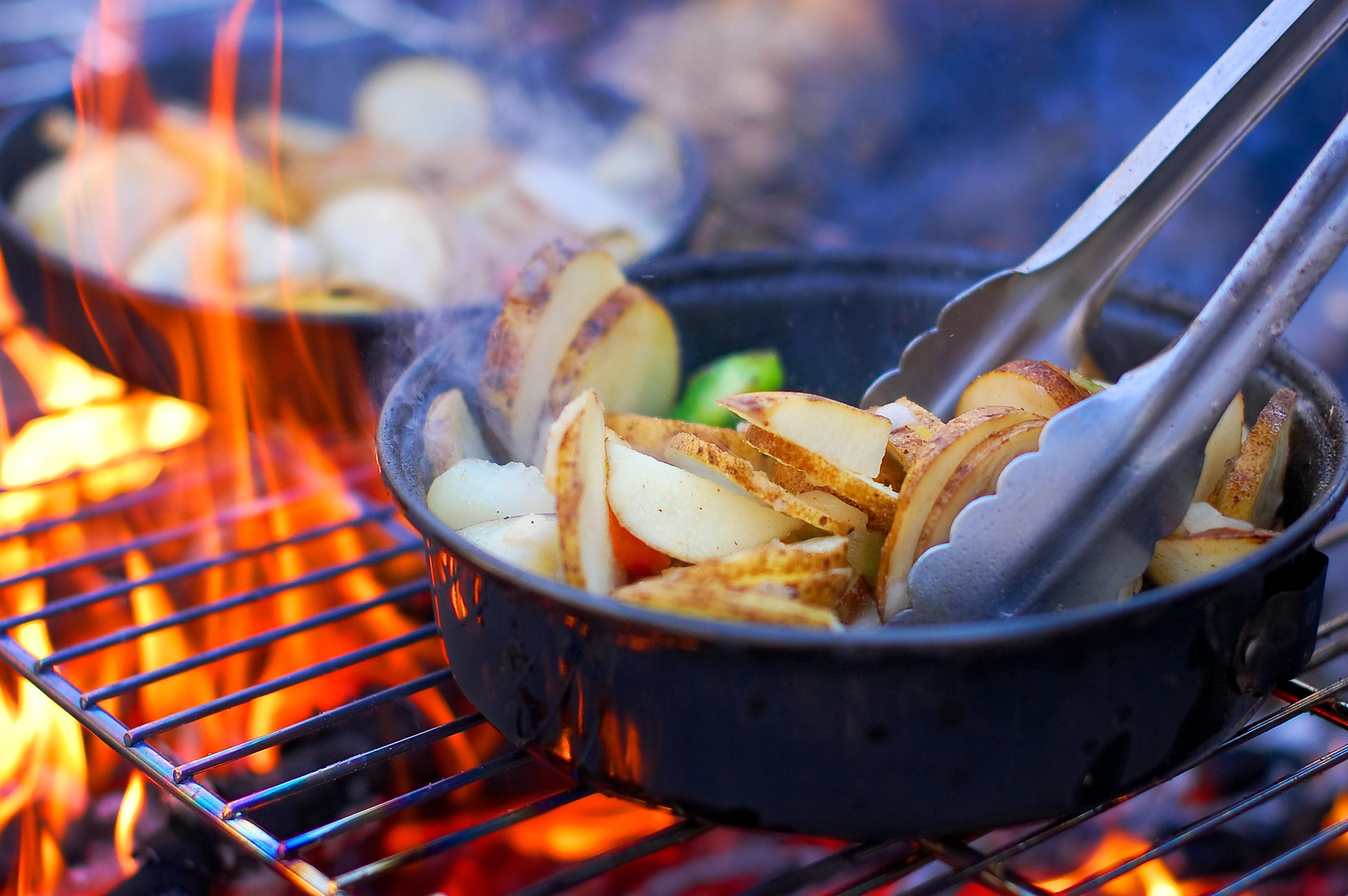 Campfire Dining